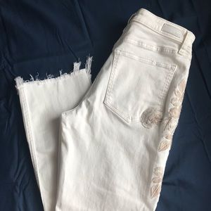 Abercrombie & Fitch Jeans - ✨NWT✨ A&F White Jeans